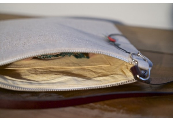 Linen Bag with Needlework Accessory